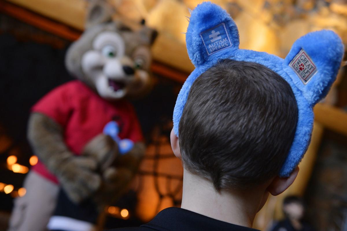 Great Wolf Lodge going 'blue' for World Autism Month in April