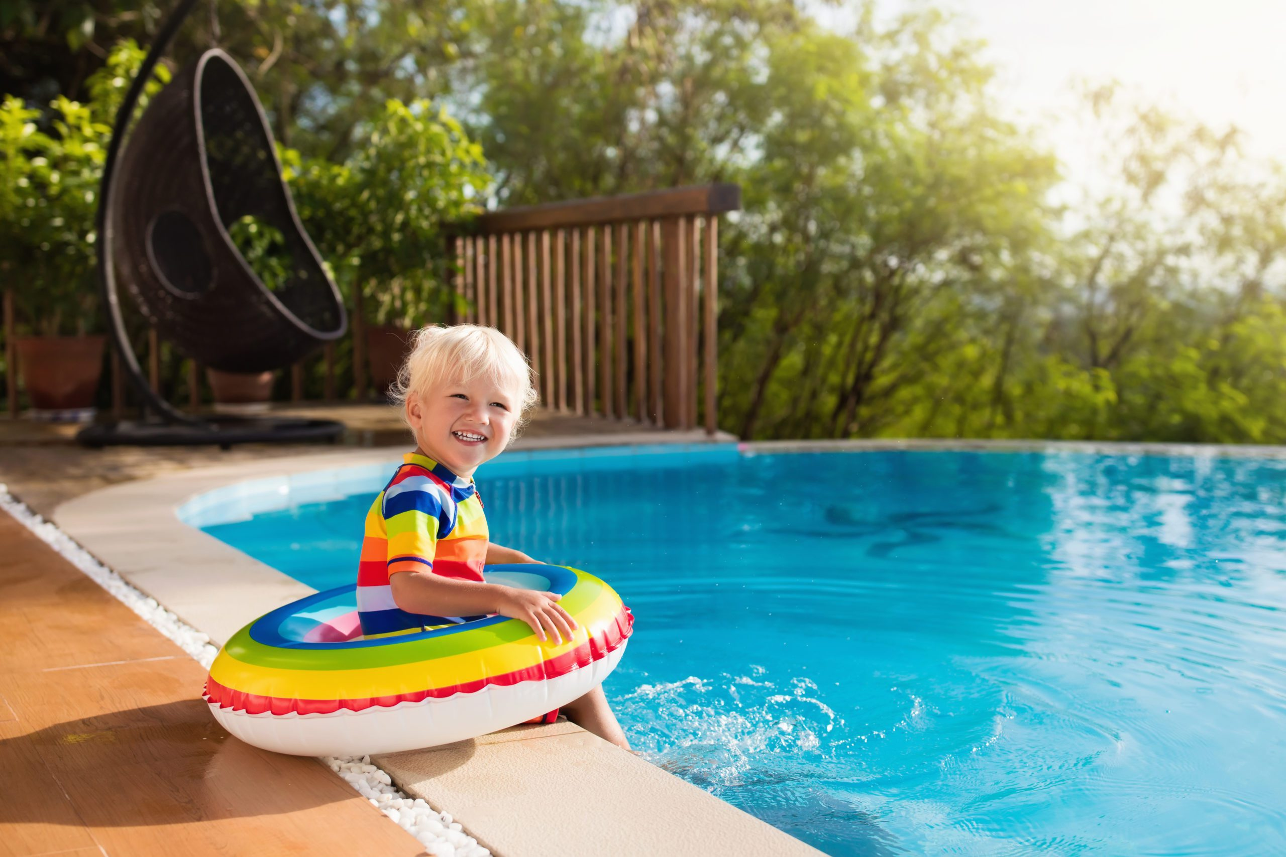 Swimming and Autism: Benefits, Risks and What Parents Should Know