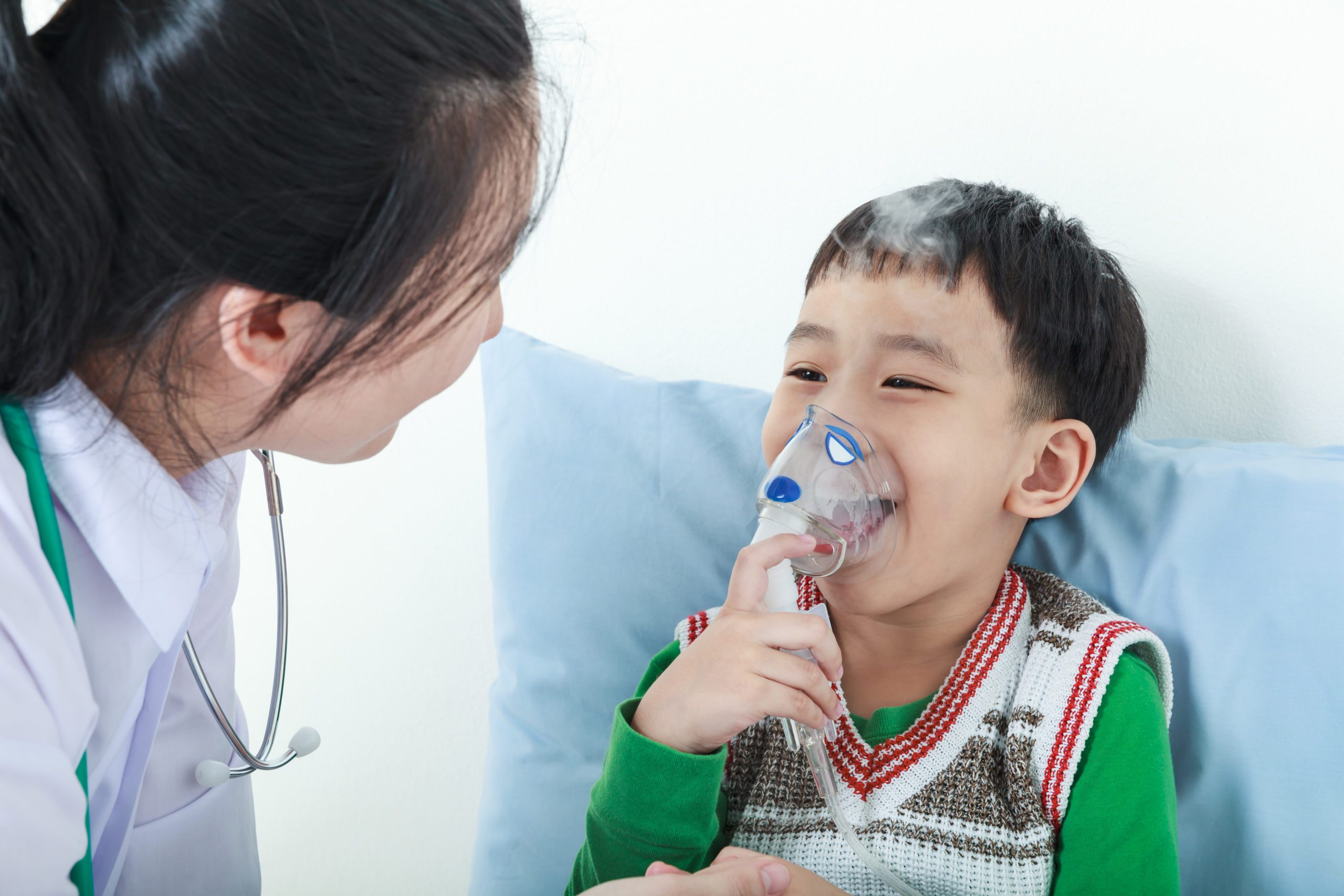 What is a Respiratory Therapist: A Guide on What You Need to Know