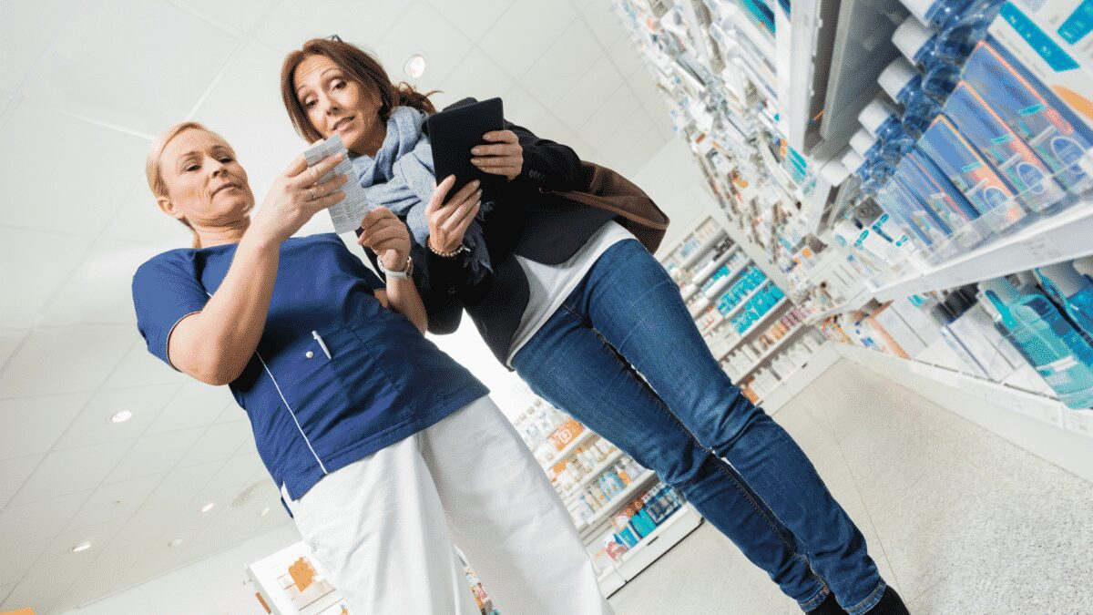Do you spend too much time going to the pharmacy to pick up your medications? Consider these benefits of using an online pharmacy and switch today!