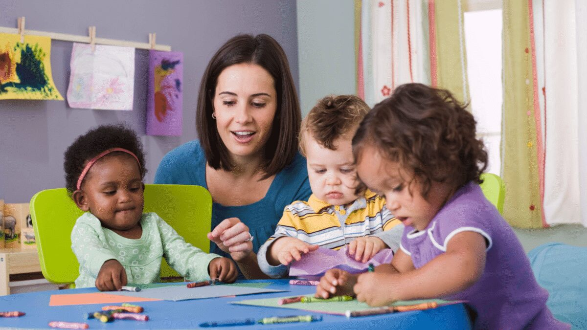 Drop-in daycare is one of the best things that ever happened to many moms and dads who use it. Learn why it can save the day for you! #parenting #chilcdcare #daycare
