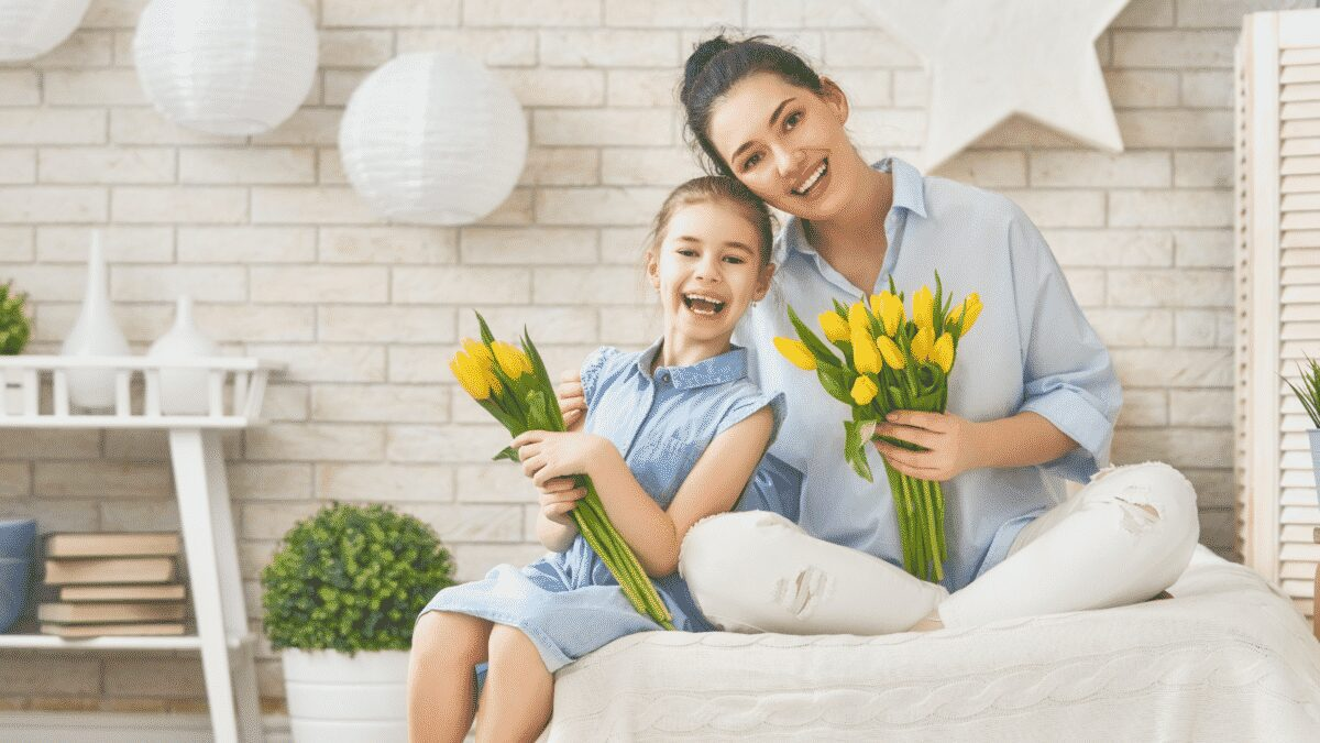 Thoughtful gifts for moms Are you trying to make your mother's heart melt? Read this article to learn about thoughtful gifts for mom that will make her happy.