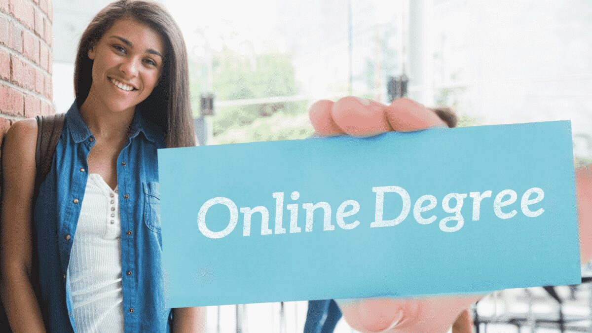 Online degrees help many people achieve education success that they would not have other wise received. Check out why you should get one too!
